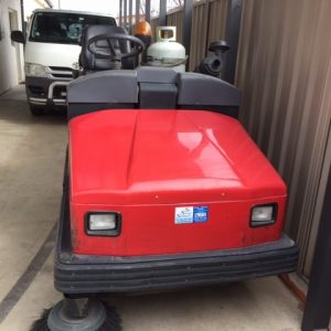 Refurbished Fiorentini UFB34 Ride on Sweeper